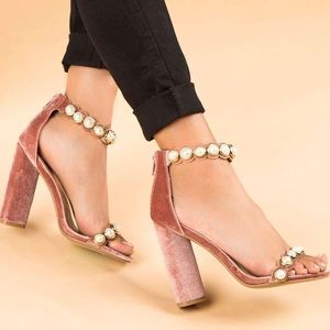 Velvet pink pearl chunky heel
